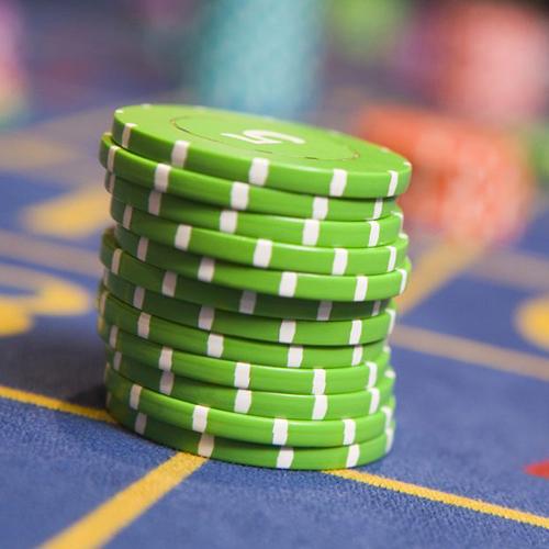 Реванш в казино 7 букв пасьянс пирамида играть бесплатно онлайн по три карты играть онлайн